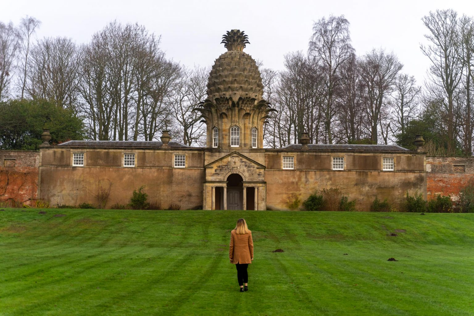 The Pineapple in Airth