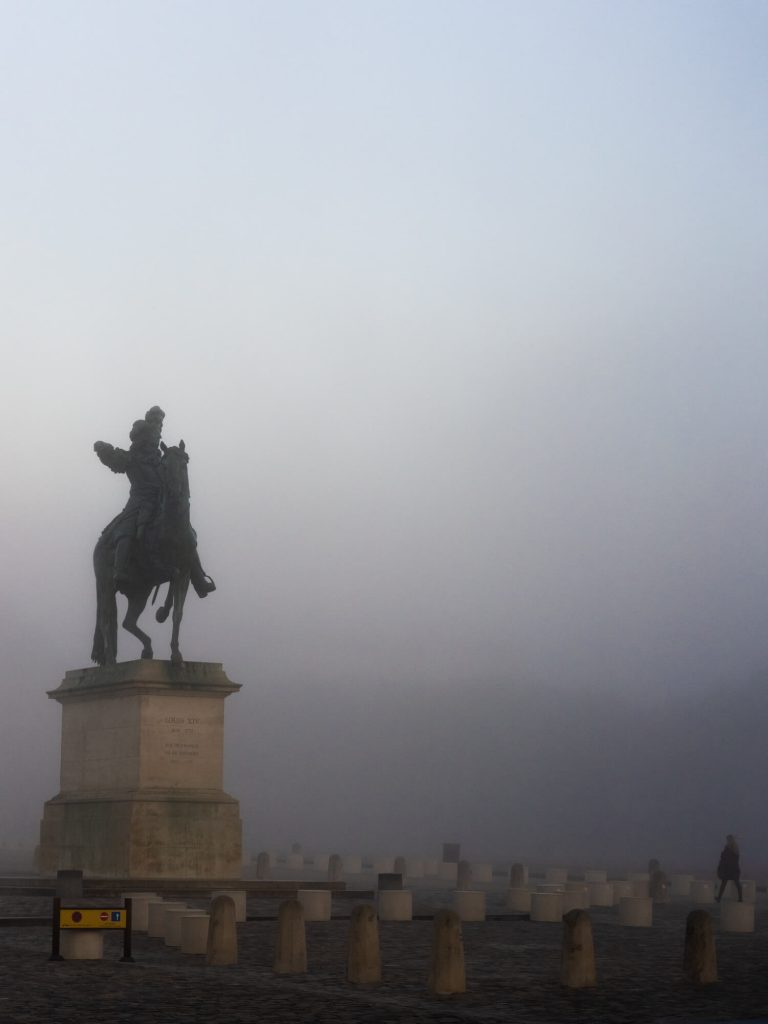 Fog in Versailles