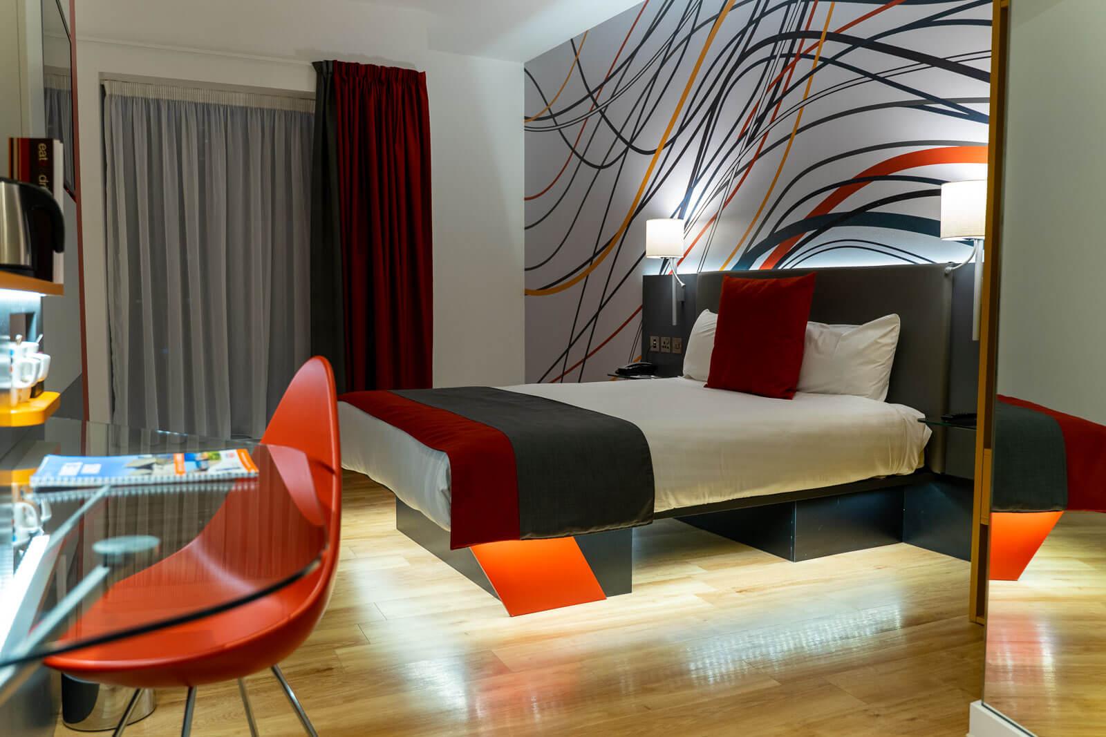 Sleeperz Hotel Room