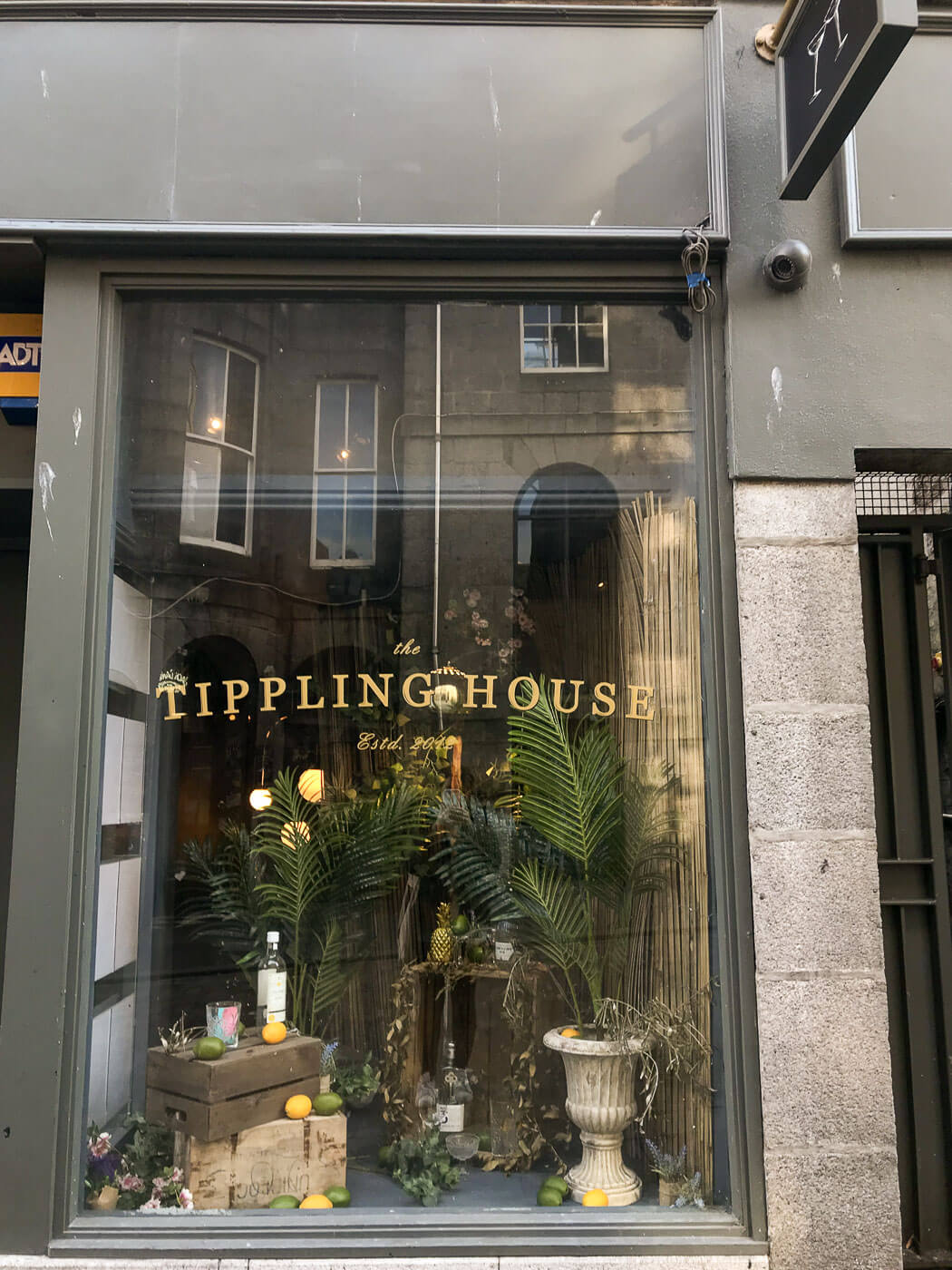 Tippling House